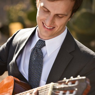 Alex Mack plays guitar at Phoenix outdoor wedding